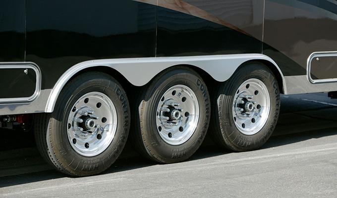 custom-hauler-5